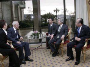 1月12日は何の日【小泉純一郎首相】トルコ航空元機長と会談