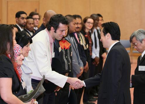 1月17日のできごと(何の日)【菅直人首相】「世界青年の船」代表が表敬訪問