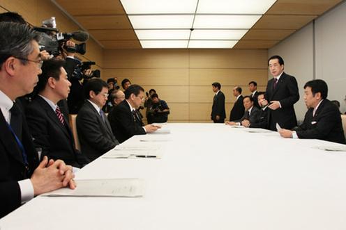 2月22日のできごと(何の日)【菅直人首相】を開催