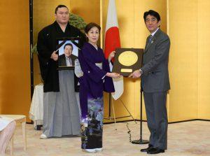 2月25日は何の日【故・納谷幸喜さん】国民栄誉賞受賞