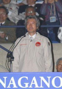 2月26日は何の日【小泉純一郎首相】スペシャルオリンピックス開会式に出席