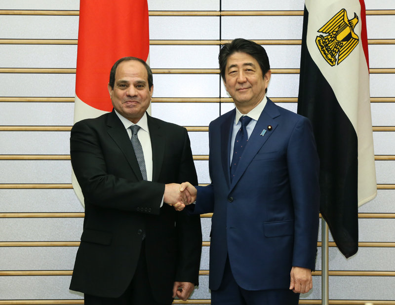 2月29日のできごと(何の日)【安倍晋三首相】エジプト大統領と会談
