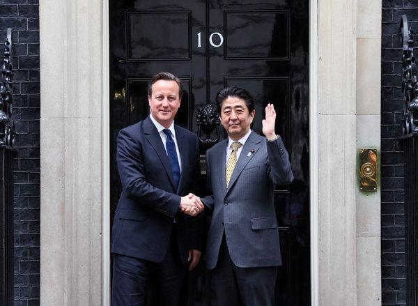 5月1日のできごと(何の日)【安倍晋三首相】英・キャメロン首相と会談