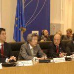 5月2日のできごと【小泉純一郎首相】EU首脳と会談