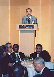 6月3日は何の日【小渕恵三首相】国際交流会議「アジアの未来」晩餐会に出席