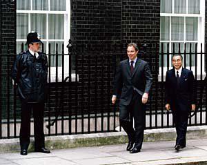 6月21日は何の日【小渕恵三首相】英・ブレア首相と会談