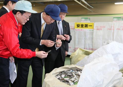 3月6日のできごと(何の日)【鳩山由紀夫首相】「東京スーパーエコタウン」を訪問