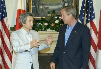 6月8日のできごと(何の日)【小泉純一郎首相】米・ブッシュ大統領と会談