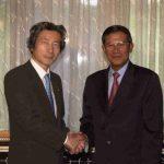 6月12日のできごと(何の日)【小泉純一郎首相】カンボジア首相と会談
