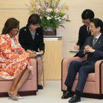 3月19日のできごと(何の日)【安倍晋三首相】ミシェル・オバマ米大統領夫人と面会