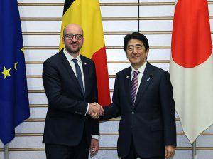 5月13日は何の日【安倍晋三首相】ベルギー首相と会談