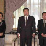 4月16日のできごと【新大久保駅事故】李秀賢氏の両親が森首相を表敬訪問