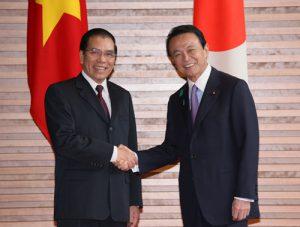 4月20日は何の日【麻生太郎首相】ベトナム・マイン書記長と会談