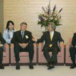 4月21日のできごと(何の日)【小泉純一郎首相】日本国際賞受賞者と懇談