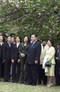 4月21日は何の日【森喜朗首相】「桜を見る会」開催