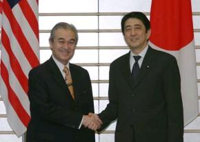 5月22日は何の日【安倍晋三首相】マレーシア首相と会談