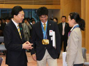 4月23日は何の日【鳩山由紀夫首相】五輪出場者をねぎらう