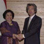 6月24日のできごと(何の日)【小泉純一郎首相】インドネシア・メガワティ大統領と会談