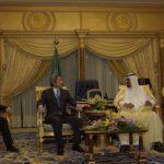 5月25日のできごと【小泉純一郎首相】サウジアラビア首脳と会談