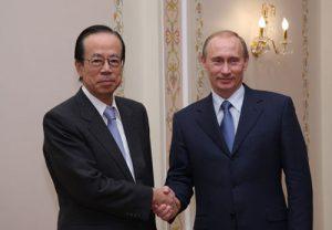 4月26日は何の日【福田康夫首相】ロシア・プーチン大統領と会談