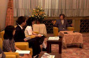 6月26日は何の日【小泉純一郎首相】子ども記者がインタビュー