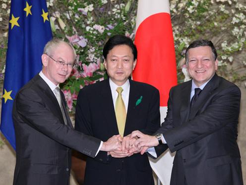 4月28日のできごと(何の日)【鳩山由紀夫首相】EU首脳と協議