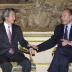4月29日のできごと【小泉純一郎首相】仏・シラク大統領と会談
