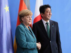 4月30日は何の日【安倍晋三首相】独・メルケル首相と会談