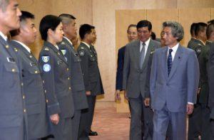 6月30日は何の日【東ティモール派遣隊】小泉首相に帰国報告