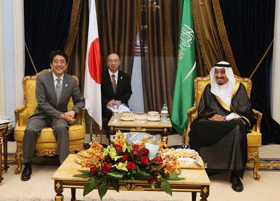 4月30日のできごと(何の日)【安倍晋三首相】サウジアラビア・サルマン皇太子と会談