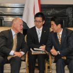 4月30日のできごと【安倍晋三首相】カリフォルニア州知事と会談