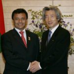 5月31日のできごと【小泉純一郎首相】マダガスカル大統領と会談