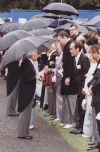 4月17日は何の日【春の園遊会】横綱白鵬ら約1940人が出席