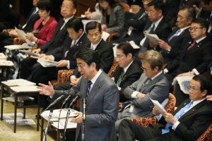 2月1日は何の日【安倍晋三首相】米インフラ整備に協力