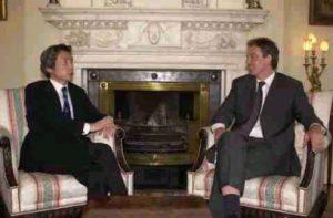 7月2日は何の日【小泉純一郎首相】英・ブレア首相と会談