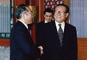 7月9日は何の日【小渕恵三首相】中国首脳と会談