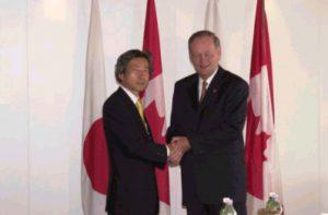 7月20日は何の日【小泉純一郎首相】カナダ・クレティエン首相と会談