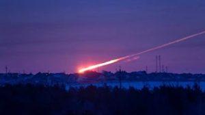 2月15日は何の日【ロシア・チェリャビンスク州】隕石が落下