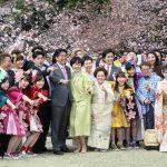 4月15日のできごと【安倍晋三首相】「風雪に、耐えて5年の八重桜」