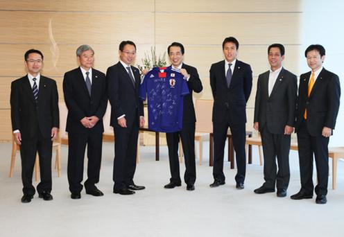 7月6日のできごと(何の日)【サッカー日本代表】菅首相を表敬訪問