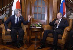 7月15日は何の日【小泉純一郎首相】ロシア・プーチン大統領と会談