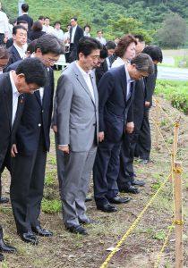 7月29日は何の日【安倍晋三首相】宮城県の被災地を訪問