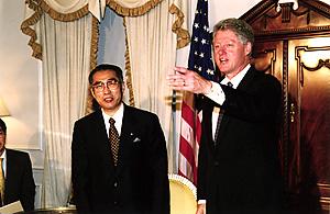 9月22日のできごと(何の日)【小渕恵三首相】米・クリントン大統領と会談
