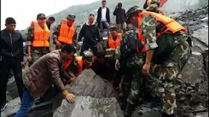 6月24日は何の日【中国四川省】山崩れで140人以上不明に