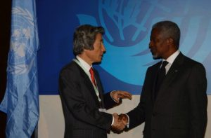 9月2日は何の日【小泉純一郎首相】国連・アナン事務総長と会談