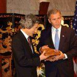 10月20日のできごと(何の日)【小泉純一郎首相】ブッシュ米大統領と会談