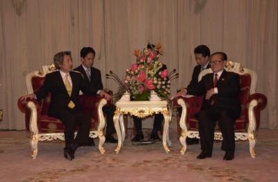 10月21日のできごと(何の日)【小泉純一郎首相】中国にODA削減を通達