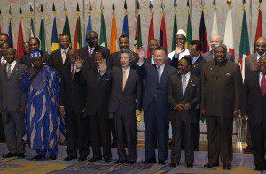 9月29日は何の日【小泉純一郎首相】アフリカに10億ドルの支援を表明