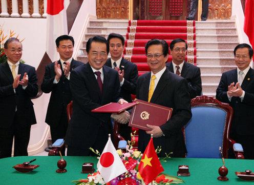 10月31日のできごと(何の日)【菅直人首相】ベトナム首相と会談