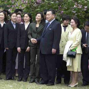 4月21日のできごと(何の日)【森喜朗首相】「桜を見る会」開催
